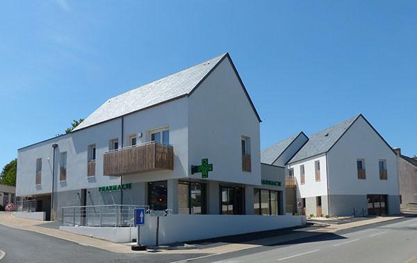 Finistère Habitat inaugure 9 logements collectifs, une pharmacie et un cabinet d'infirmiers.