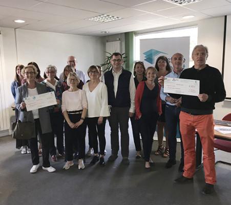Finistère Habitat remet un don de 900 € en faveur de la lutte contre l'illettrisme